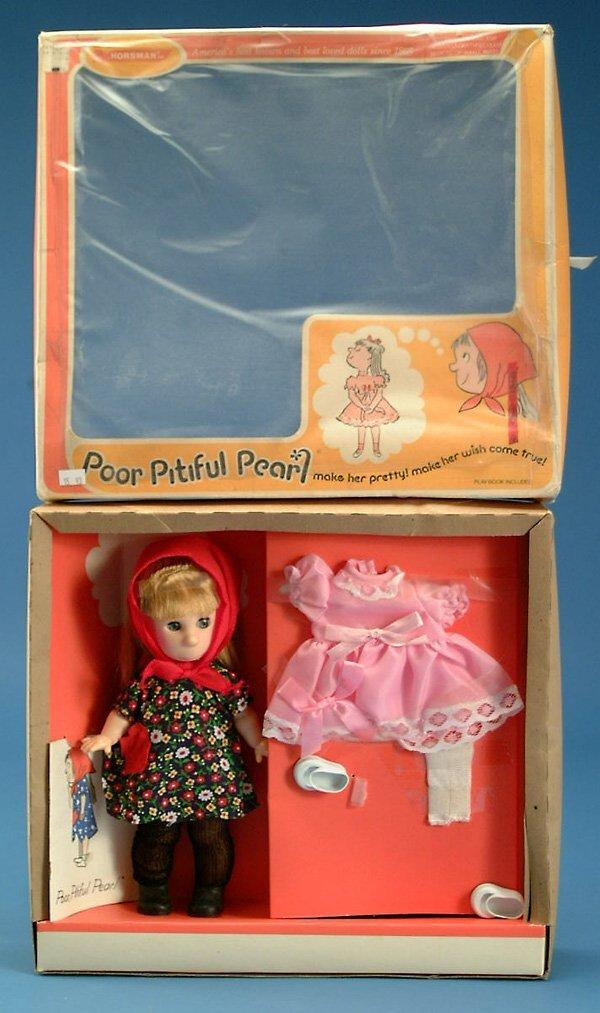 "17: 11"" Horsman Poor Pitiful Pearl gift set, orig box,"