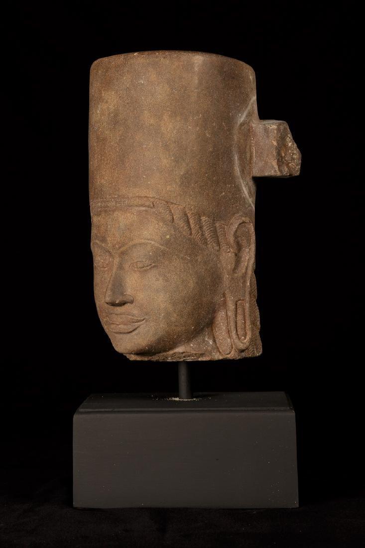 17th-18th Century Sandstone Vishnu Head - Protector & - 3