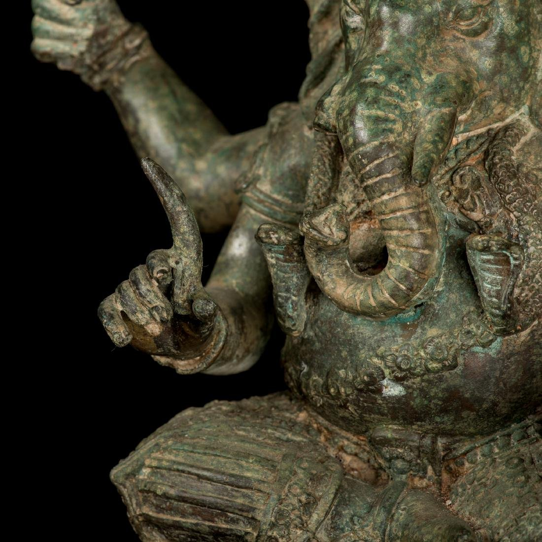 19th Century Antique Seated Bronze Ganesha Statue - 4