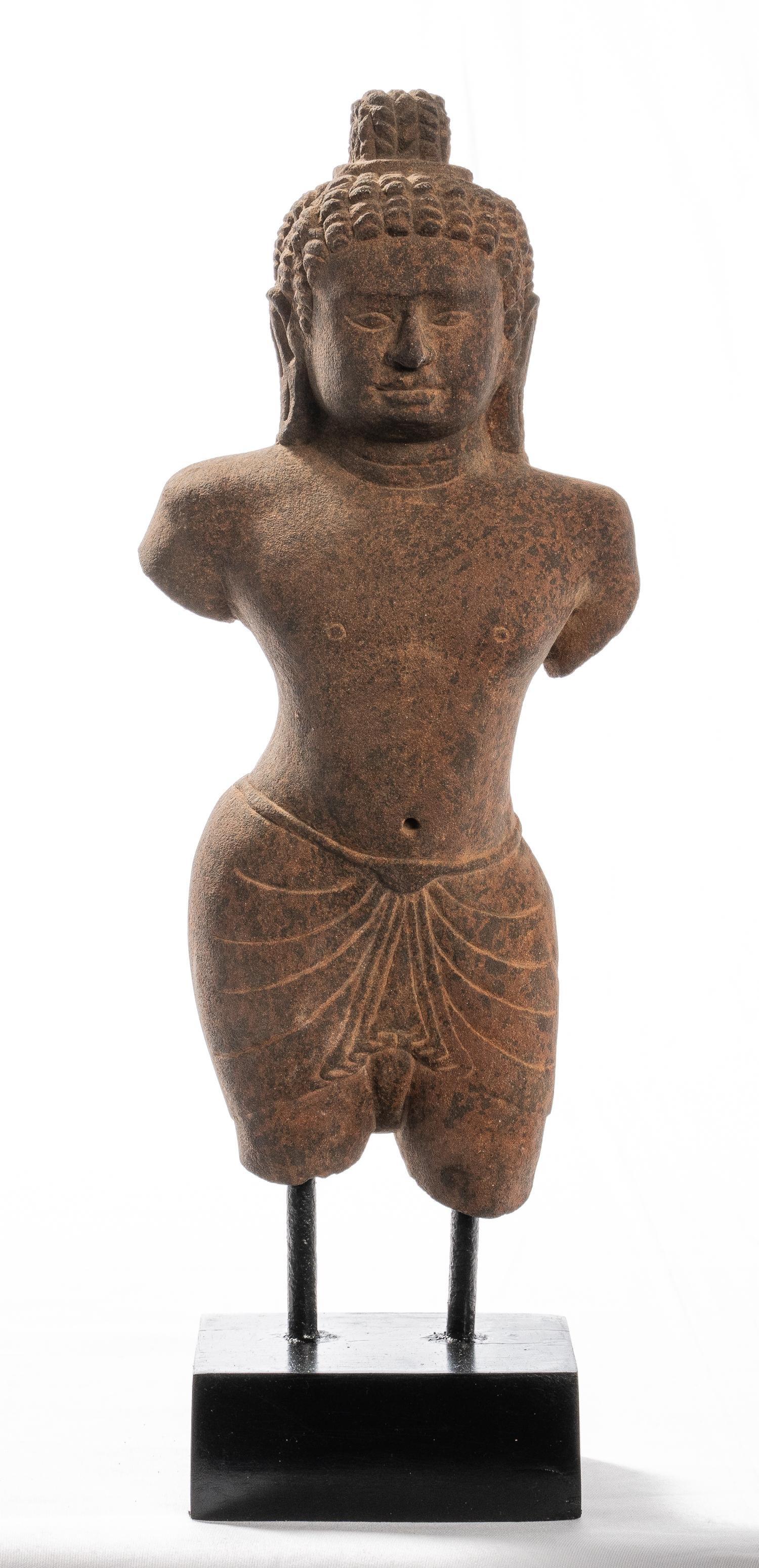 18th Century Antique Khmer Phnom Da Style Stone Vishnu