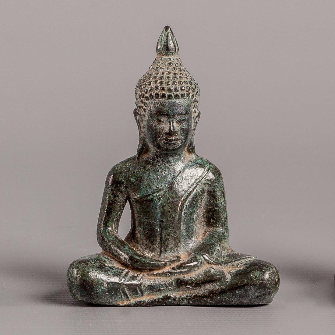 Antique Style Bronze Khmer Meditating Seated Buddha