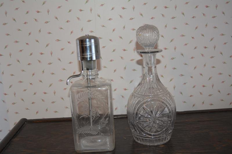Rye decanter and pressed glass piece