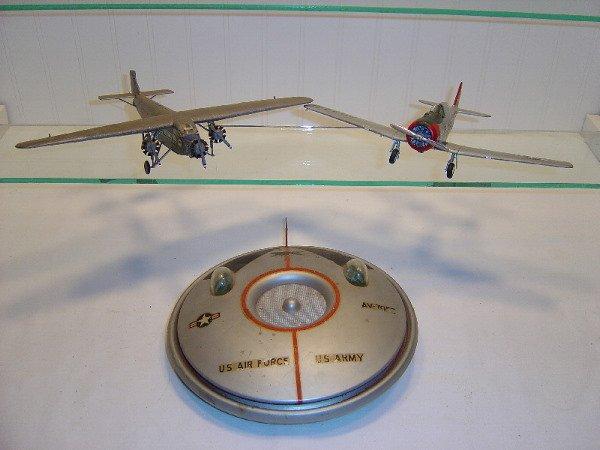 7: 3 Plastic Airplanes