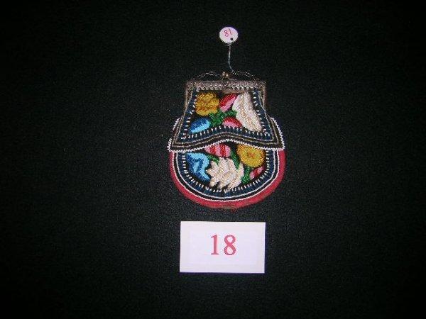 18: Iroquois purse