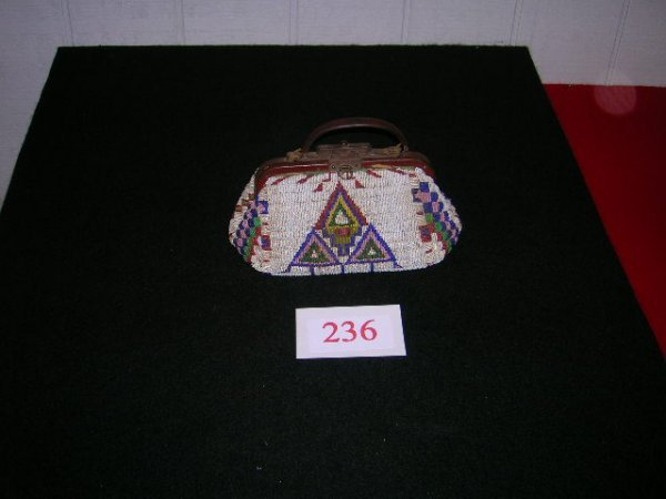 1236: Sioux Doctor's Bag