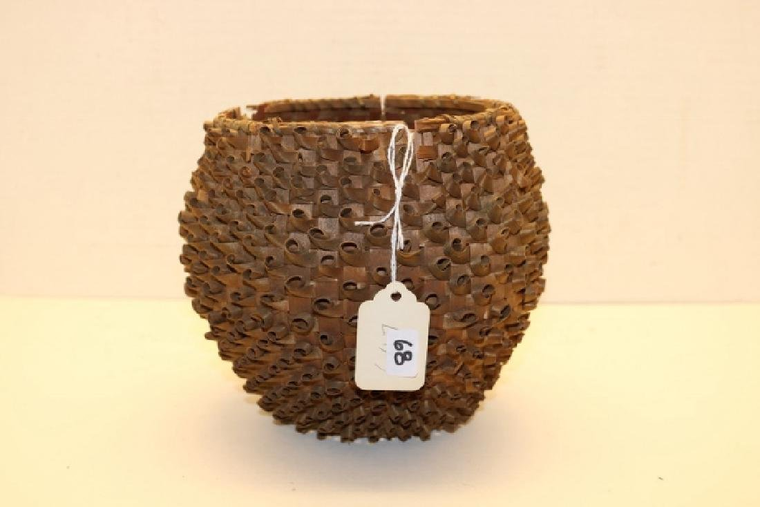 Curly Cue New England Basket