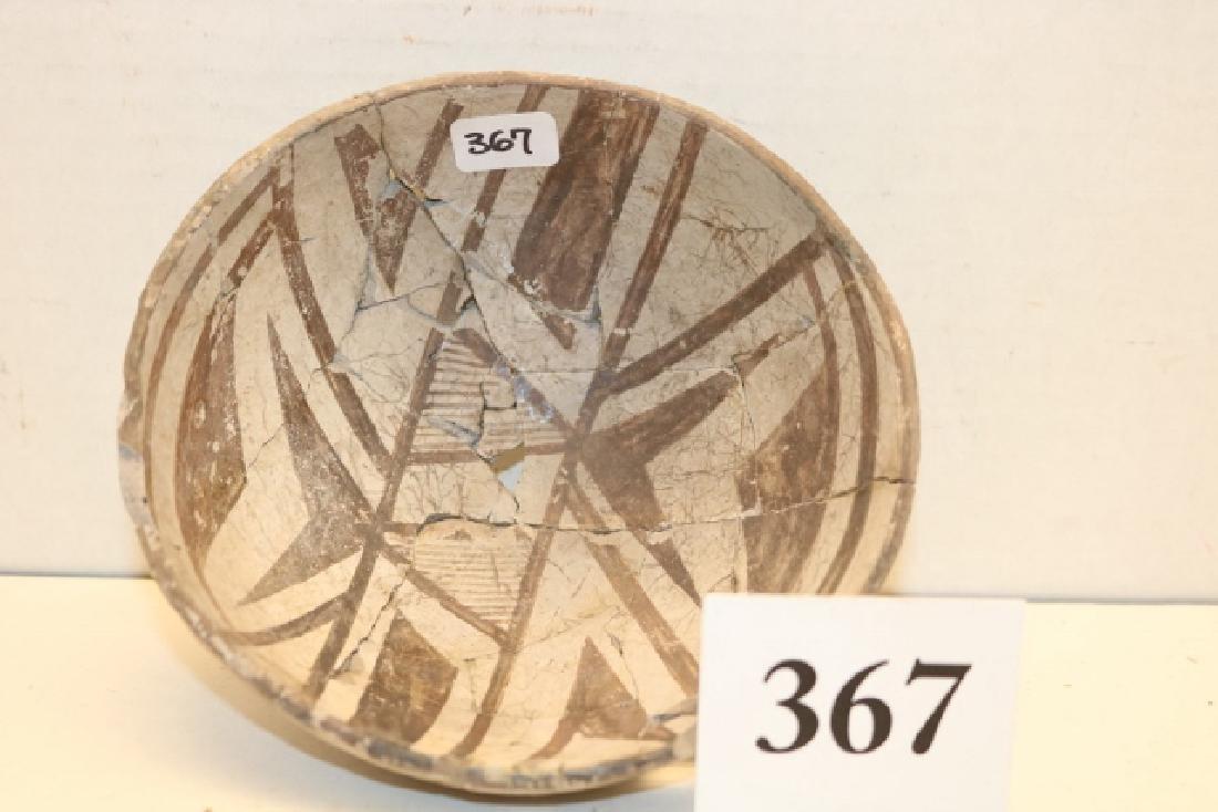 Hohokam Black on white pottery bowl - 2