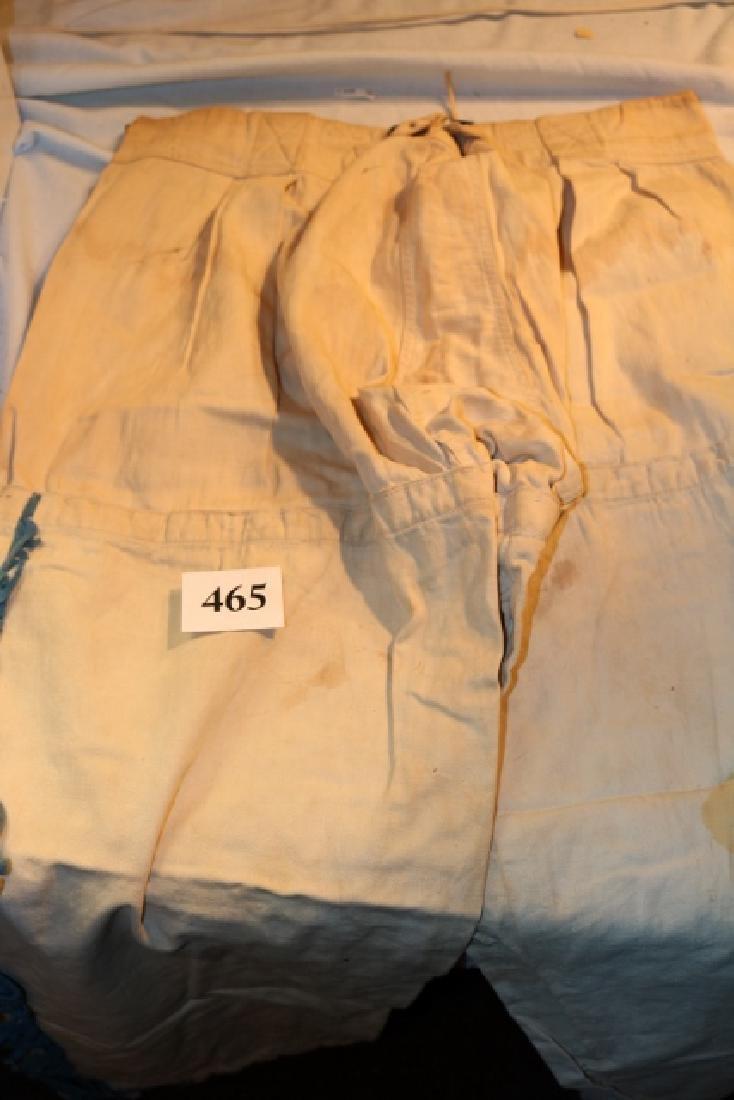 (4) 1.0.0. R.M. Costumes - 4