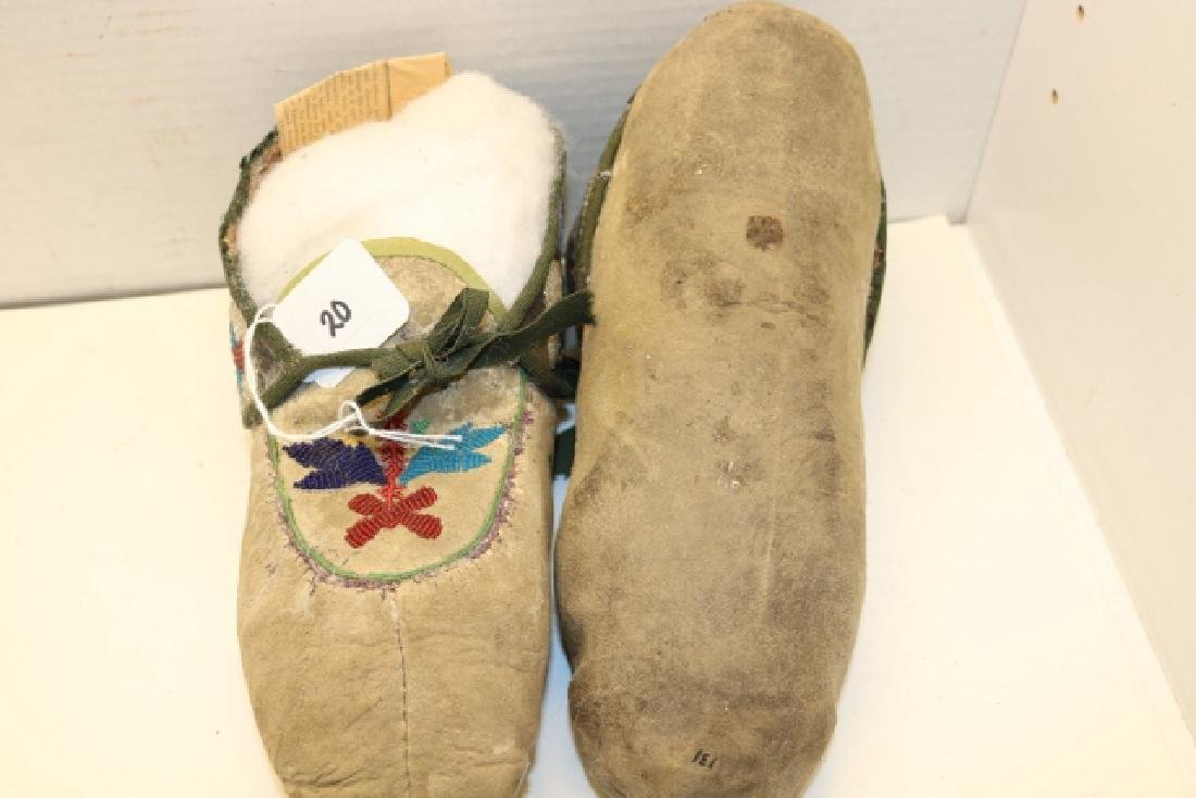 Pair Chippewa Man's Moccasins - 2