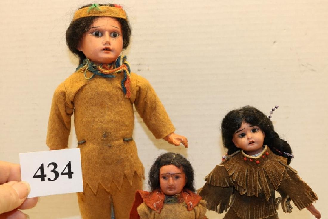 3 Dolls - 2