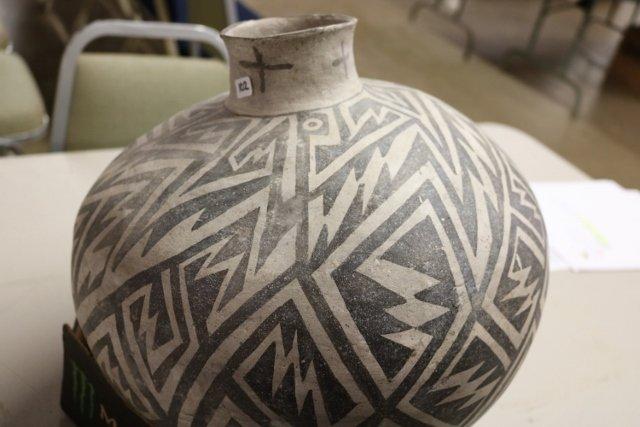 Black & White Anasazi Olla - 8