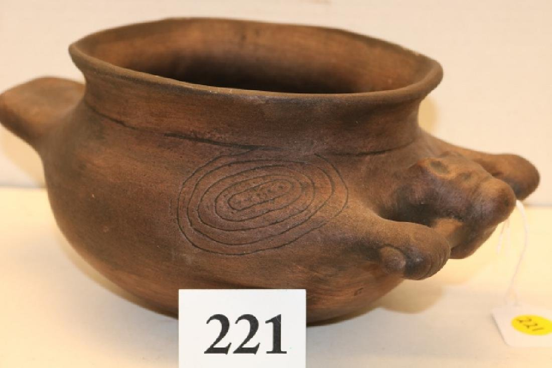 Engraved Beaver Effigy Pot