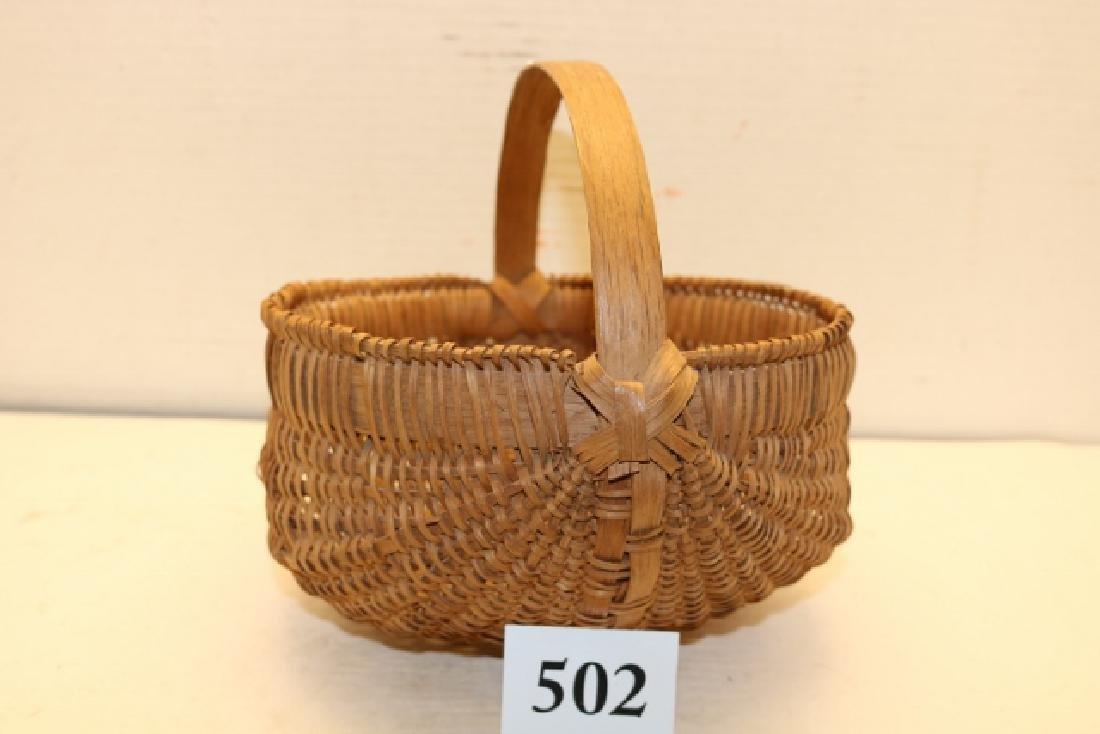 Handled Buttox Basket