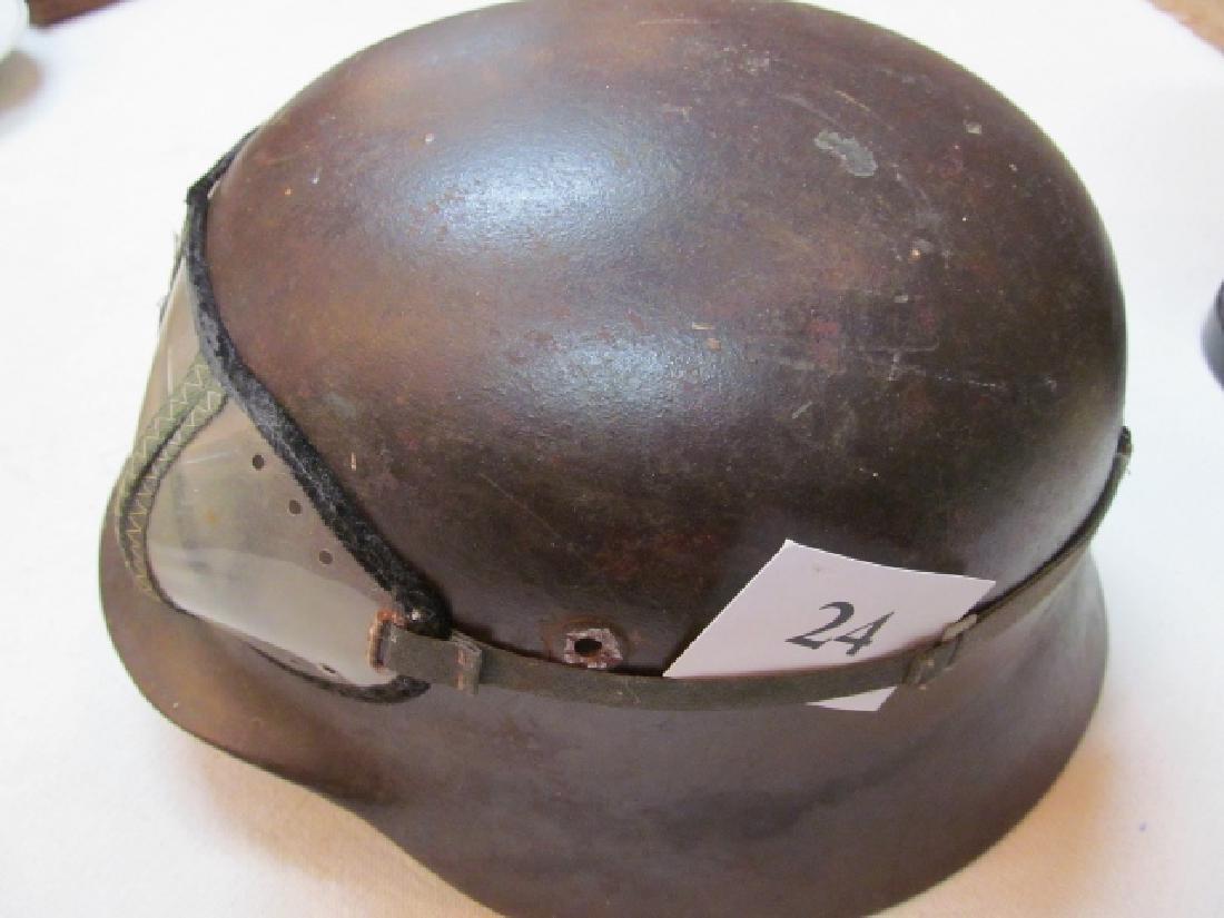 German Model 1935 Steel Helmet - 3