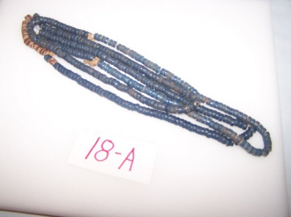 18A: Strand of Blue Disc Trade Beads