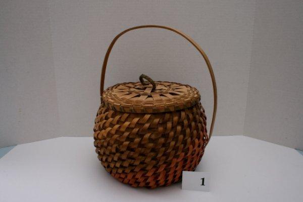 1: Lidded Great Lakes Basket
