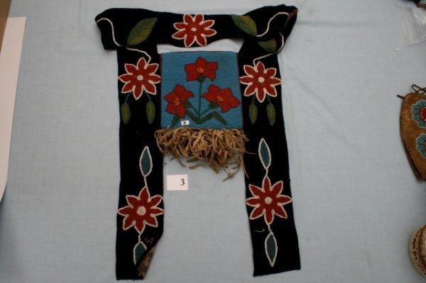 3: Beaded Floral Pattern Shoulder Bag