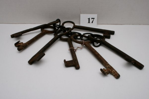 17: (7) assorted Jail Cell Keys