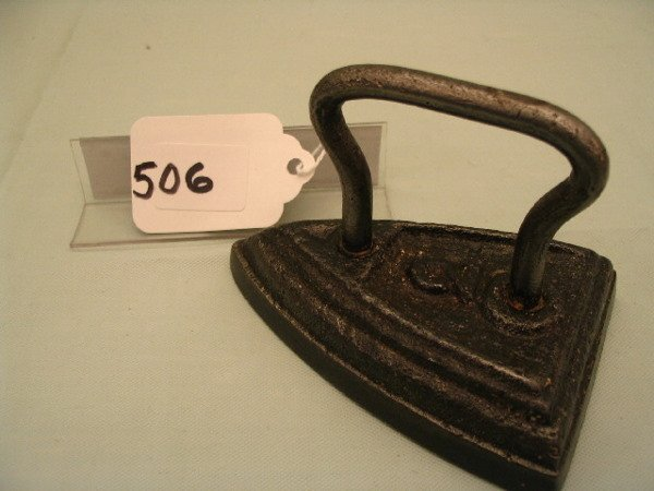 506: Wire Handle C.I. Iron
