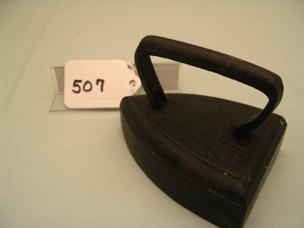 507: Wire Handle C.I. Iron