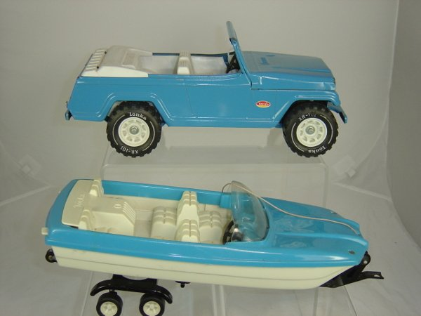 9: Tonka Toys Jeep with trailer and boat