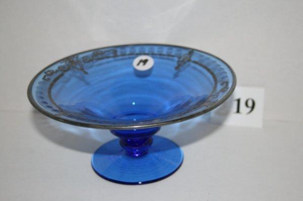 19: Cobalt blue Comport