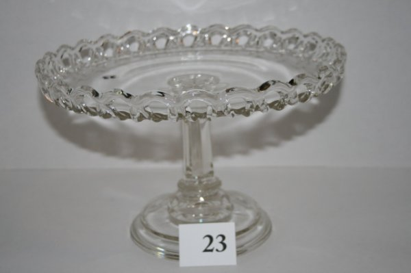 23: Open Lace cake stand