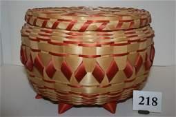 218 Iroquoian Lidded Basket