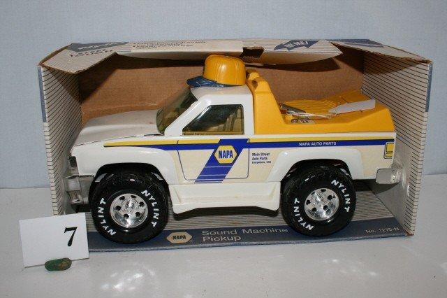 7: Ny-Lint Pickup truck