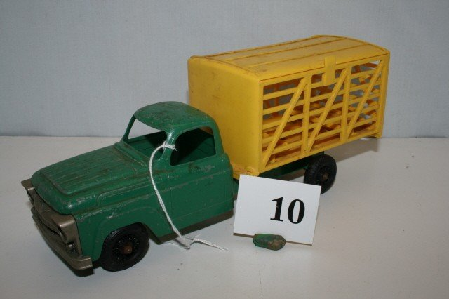 10: Hubley Cattle Truck