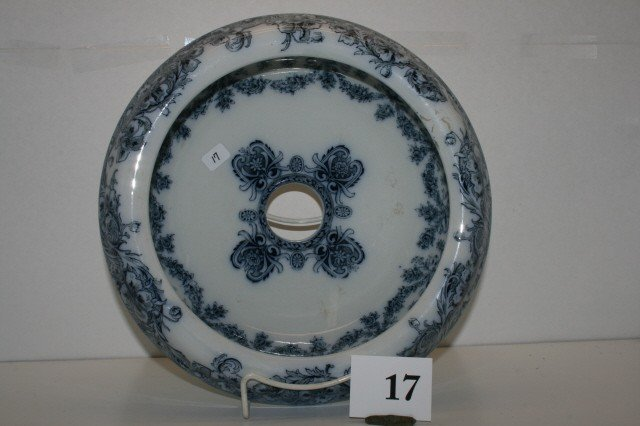 17: Insert for Chamber Pot