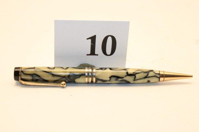 "10: Parker Senior ""Vacumatic"" Streamline"
