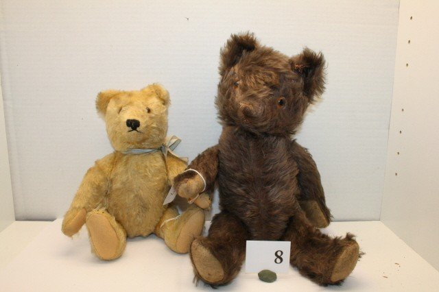 8: Lot 2 Bears