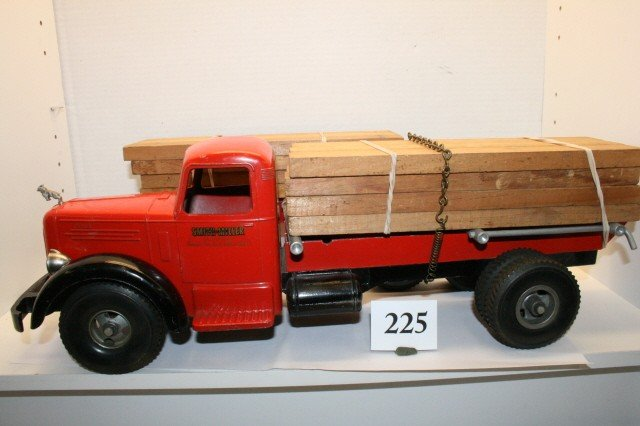 225: Mack Bulldog Lumber Truck