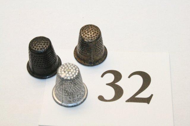 32: 3 Miniature Thimbles
