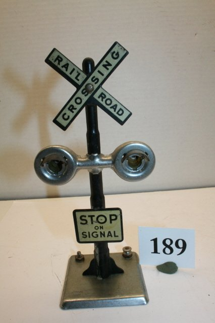 "189: 7 ½"" tall RR Crossing"