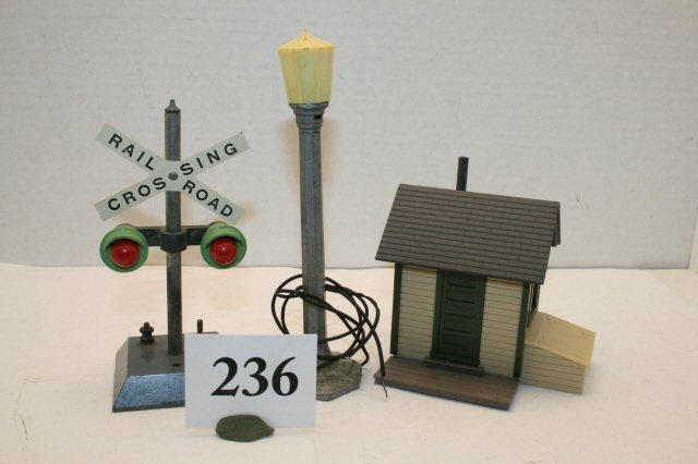 236: RR X Sign/ Street Light