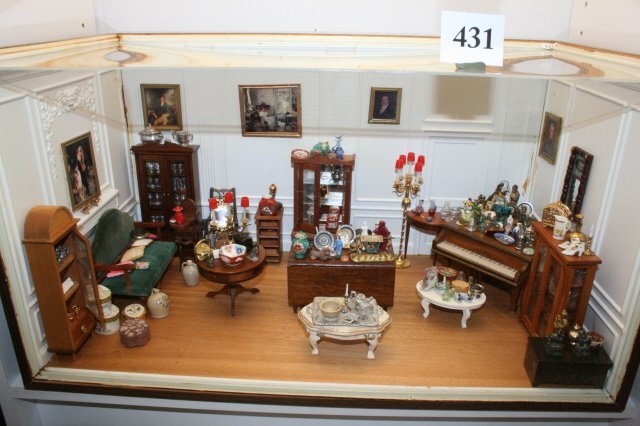 431: Cased Display of 100's of Miniature Collectibles