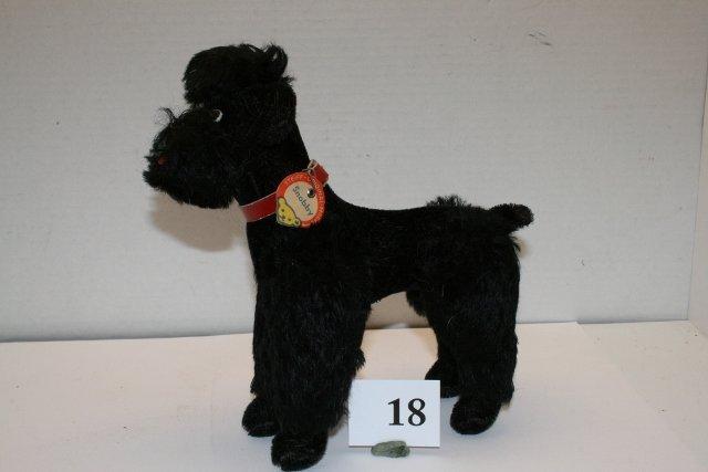 """Black Steiff Poodle – """"Snobby"""""""