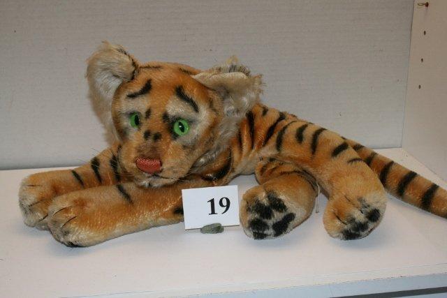 "14"" Steiff Tiger"