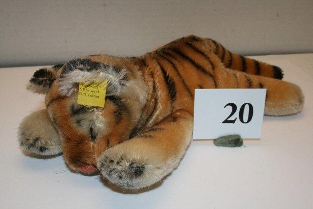 "9"" Steiff Tiger"