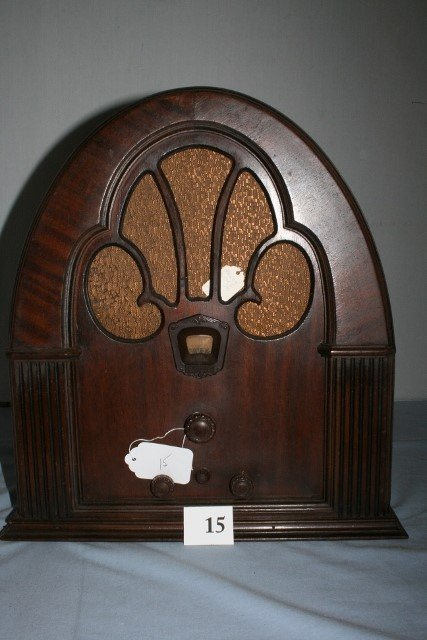 1931 Philco Model 70B Cathedral WILL NOT SHIP