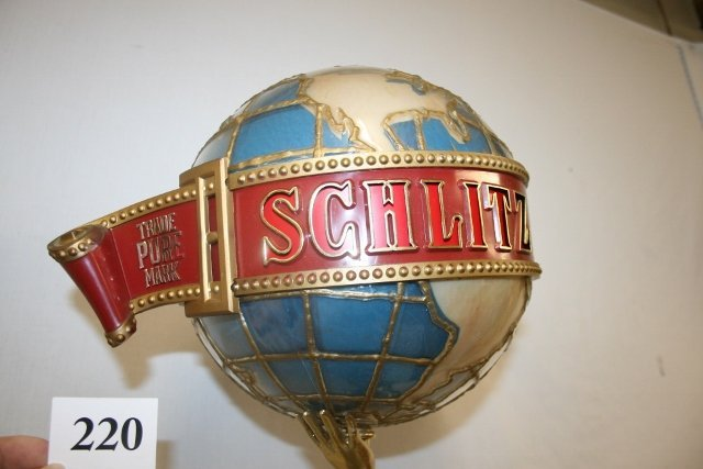 Plastic Schlitz Beer Light with Lady Statue - 4