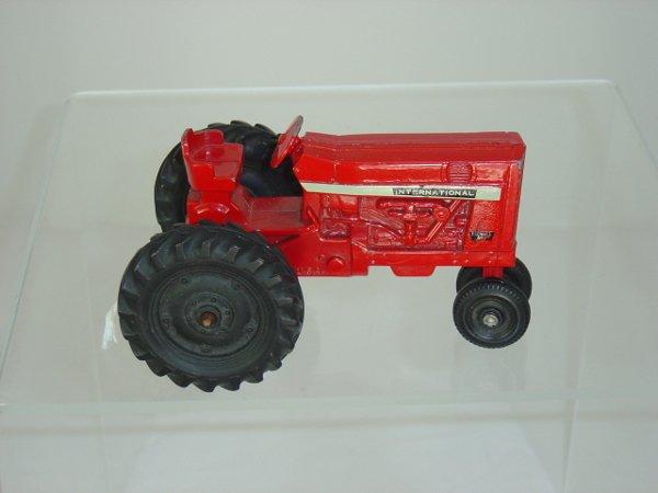 22: Ertl Die Cast International Tractor