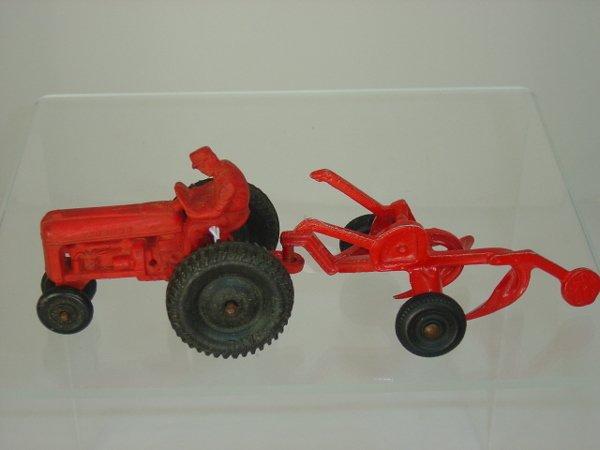 24: Auburn Rubber Tractor w/Plow