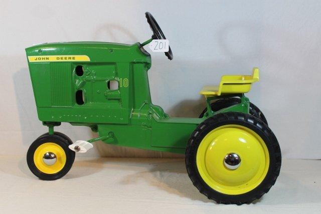 John Deere 10 Pedal Tractor - WILL NOT SHIP