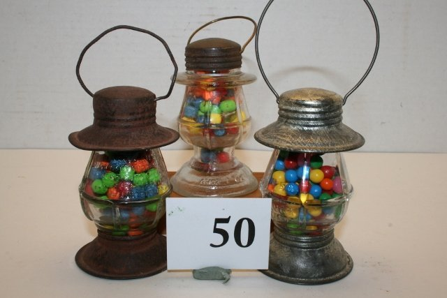 3 Lantern Candy Containers