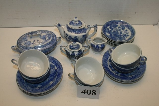 24 Pcs. Childs Blue Willow Child's Dinnerware Set