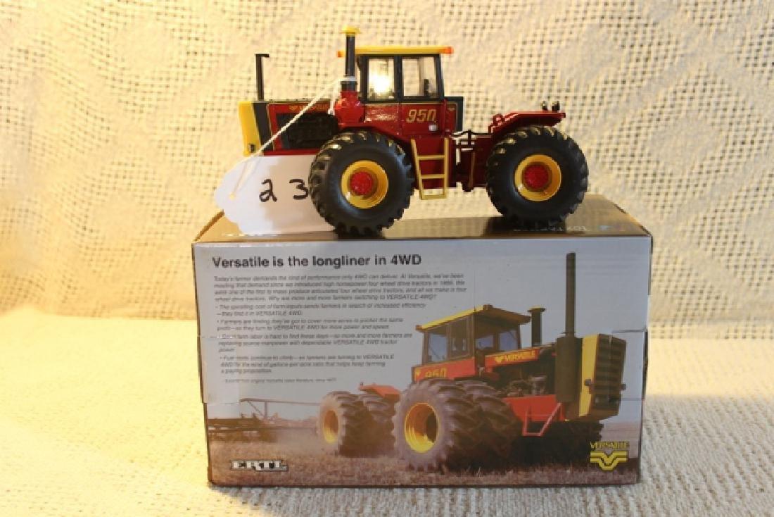 Toy Farmer 2011 National Farm Toy