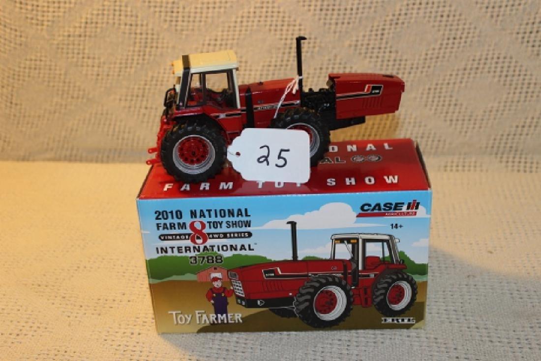 Toy Farmer 2010 National Farm Toy